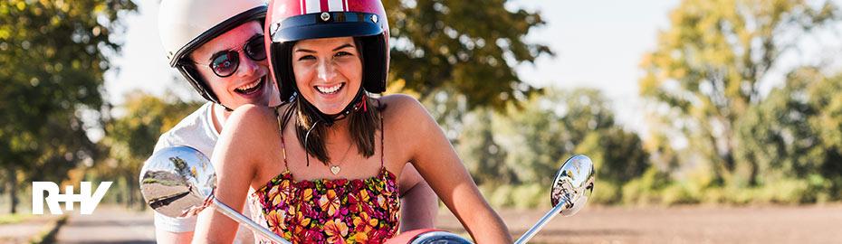 Motorroller mit Fahrer